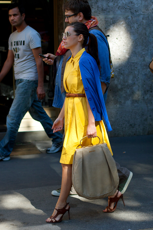 yellow-blue-fashion